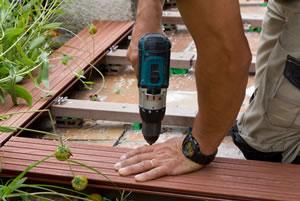 Bangkirai Holz Eigenschaften Verlegen und Pflege